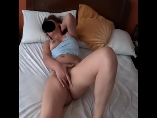 MY HOT AND EXCITED WIFE - MI ESPOSA ARRECHA Y EXCITADA