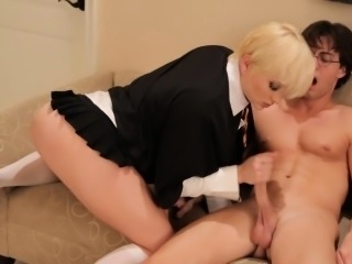 Blonde waitress does Awesome handjob