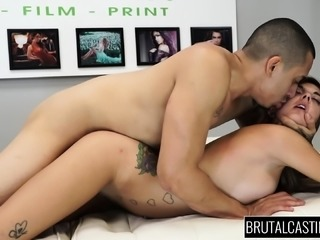 Tattooed nympho with perky boobs Dakota Vixen loves it rough and deep