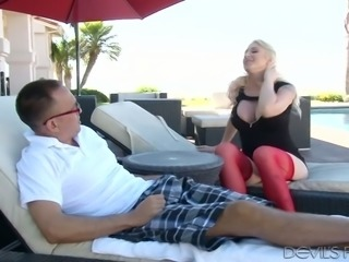 Leya Falcon expects her neighbor to give her a right good tongue lashing