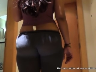 Fucking an Indian aunty from Milfsexdating Net