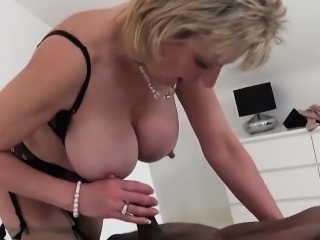 Unfaithful uk milf lady sonia flashes her giant titties