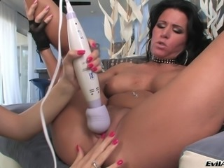 Cute babe eating muff and toy fucking ass while using vibrators