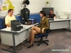 Wanton raven haired MILF Michelle had nasty oral sex after interview