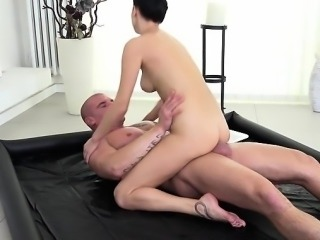 Lascivious Client Nikky Perry Rides Hung Masseur