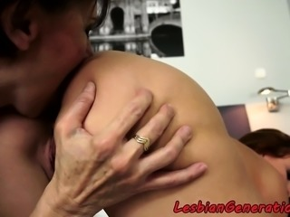 Mature rimjobs babe before scissoring