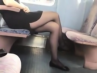 Stunning thighs with toes and pantyhose in practice 7