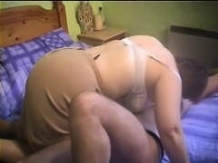 Chubby and mature wife in stockings gets her cunny hocked by angry hubby
