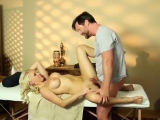 Fooled babe massaged cum