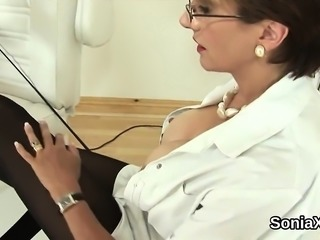 Unfaithful english mature lady sonia pops out her large boob