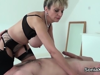 Unfaithful british mature lady sonia presents her large natu