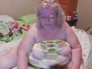 SSBBW granny poking wet vagina with big sex toy