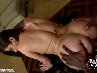 Negro pokes lush beauty to it squirting