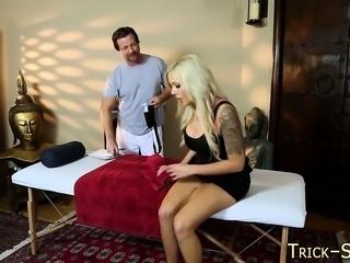 Duped babe massaged sperm