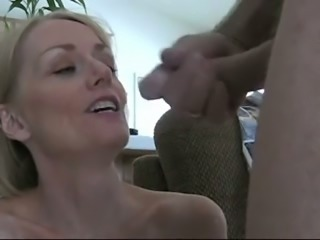 Spoiled wife with blond hair provided my neighbor with a terrific BJ