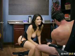 Brunette Valentina Nappi and Charles Dera are so fucking horny in this...