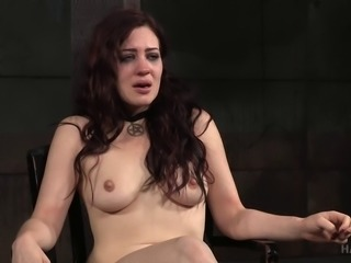 Poor brunette chick Jessica Ryan never saw this coming!