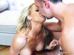 Blonde Synthia Fixx is one hot cock rider that loves anal