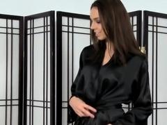 Cummy face masseuse suck