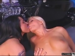 Tattooed diva with long hair yelling while her anal is blasted hardcore