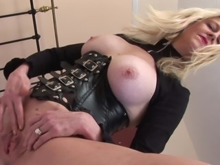 Lucy S whips out her big boobs and fingers her orgasmic twat