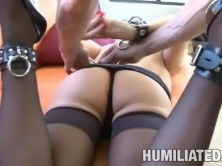 Sexy blonde bombshell Diamond Foxxx likes having some BDSM fun