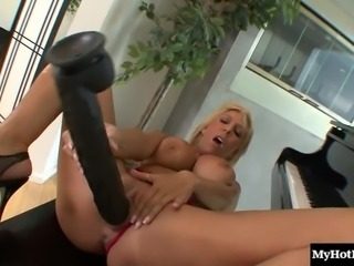 Ravishing blonde cougar with massive melons Misty Vonage rides a dick