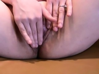 Hot close-up pussy rubbing and toying