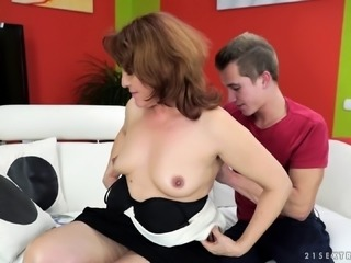 Matured model with natural boobs penetrated hardcore missionary