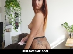 Sislovesme - Sis Does Magic Trick With Her ASS
