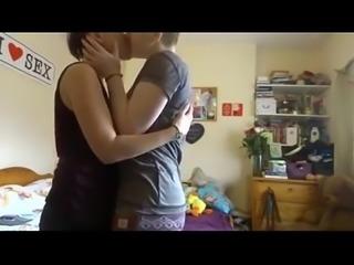 Amateur lesbian love PornWebcamZ.com
