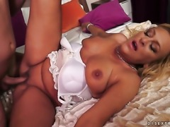 Blonde is not a whore but a porn babe who loves to fuck