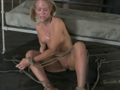 Bondage session with an experienced woman who craves an orgasm