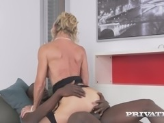 Black kinky dude fucks aged European slut Marina Beaulieu in sideways and...