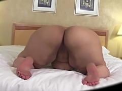 Shake that big butt