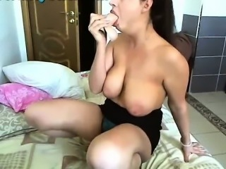 Webcam Milf Showing Off Her BJ Skills