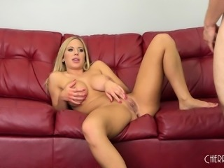 Bodacious blonde beauty in stockings Olivia gets her pussy fucked good