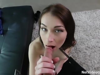NICE TIGHT PUSSY gets fucked for the promise of a job...
