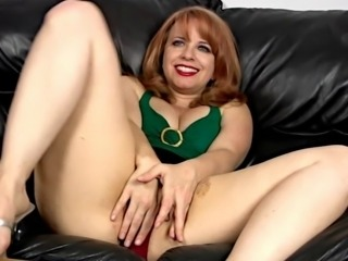 My Lovely Mommies 12 (Mistress with Beautiful Legs)