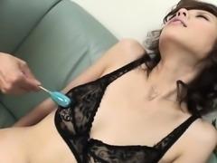 Slut mom sucks two large weenies like a lollipop, eating cum