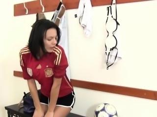 Sporty cutie masturbates in the locker room