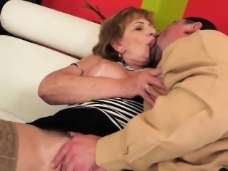 Hairy grandma fucks in stockings
