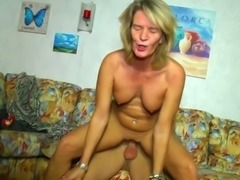 Randy cougar knows how to seduce a pussy craving hunk