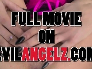 Holly Hendrix In Full Anal Service For 19YO Holly