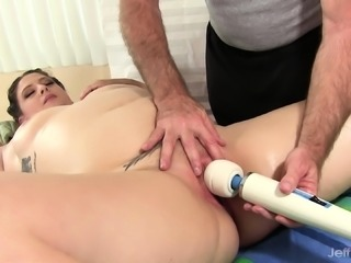 Lustful plumper gets her curvy body massaged and her wet pussy pleased