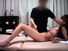 Foxy Asian hottie gets vibrated and fingered in a hospital