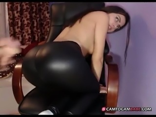 blueemotion89 2015-10-27 blowjob cum on shiny pants  - camtocambabe.com