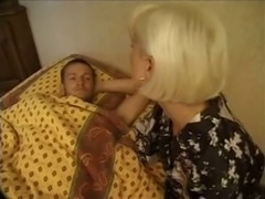 Horny French cocksucker is showing some proper blowjob techniques