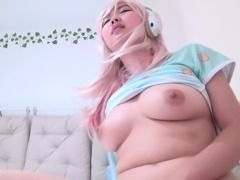 Blonde Harriet is curious about a sexy fellow's fat dick