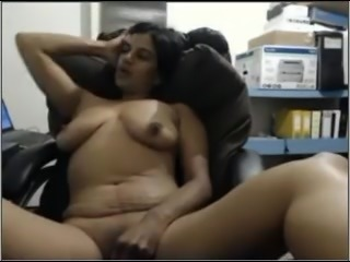 Indian Cougar On Cam Masturbating On Chair Part-2
